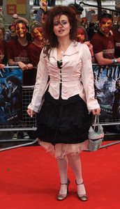 I agree, Helena is awesome <3 :D x
