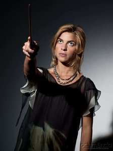 new tonks dh promo pic, awwww why is she blonde i want purple haired tonks back lol uy best how r