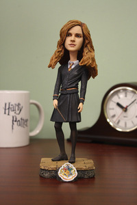 have hp headknockers this is a hermione one they are awesome