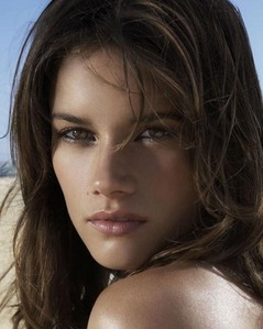 I really liked this one. Missy Peregrym looking like Mel.