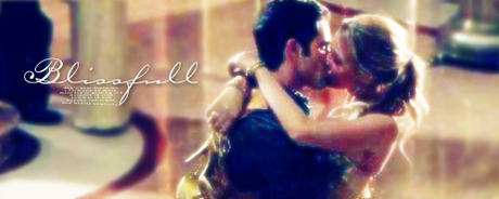 Edit: Yay! Since we have reached 2,500 प्रशंसकों on December 2010 let's start a new countdown :) Let's co