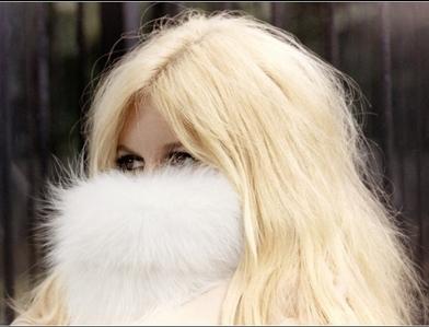 18-24 October I absolutely upendo Brigitte's hair!