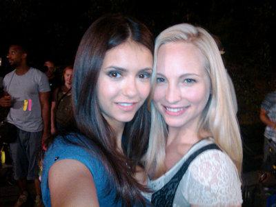 14 : Nina & Kayla (Vicki)