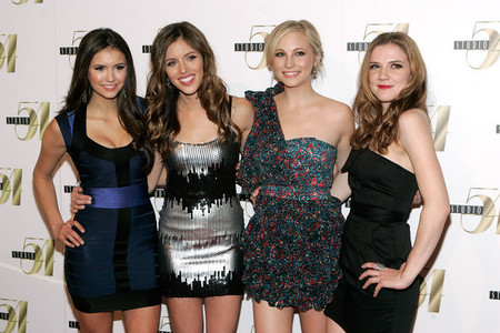 21: Nina @ 2010 Emmys