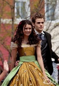 15. Stefan & Elena 1x18