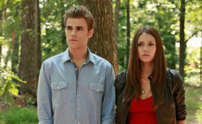 32: Stefan & Elena in 1x12