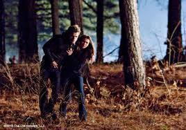 Stefan & Elena 2x11 kiss