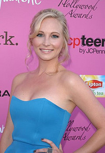 126:Candice with wavy hairs