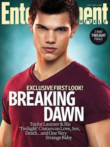 next: taylor lautner wearing red topi, cap :)