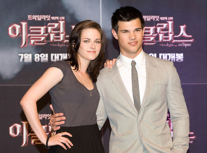 next: your favori pic of taylor lautner