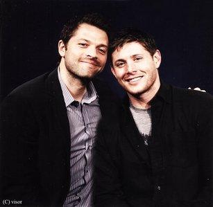 Jensen and his stunt double on spn