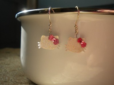 Thank you! They are really fun to make. Check them out if you haven't already. http://www.etsy.com/s