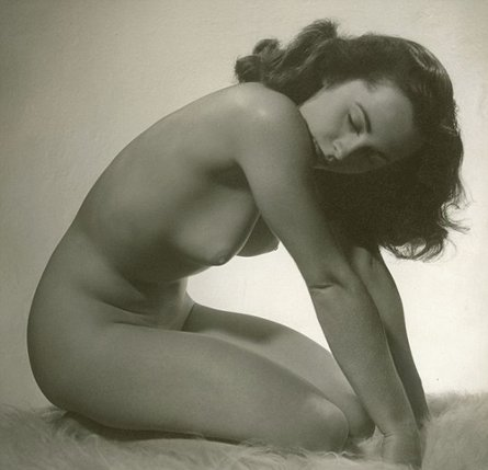 On April, 3rd on the Internet naked Elizabeth Taylor's exclusive 写真 has been published The well-kn