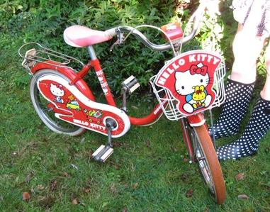 Our Japanese Friends brought this Hello Kitty bike to the United Kingdom for their daughter and when