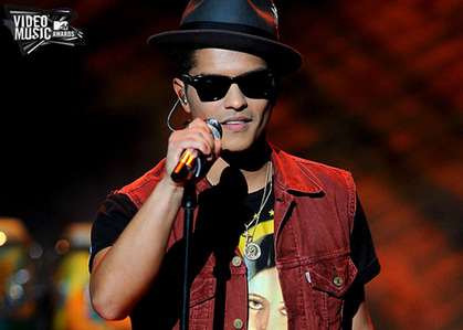 In addition to being nominated for 4 VMAS, Bruno will be performing at the hiển thị that night!http://www