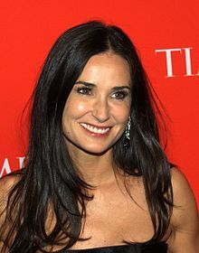 Huge 粉丝 of Demi Moore :-) I am finishing a new 粉丝 site http://sodemimoore.com real time news, pics,