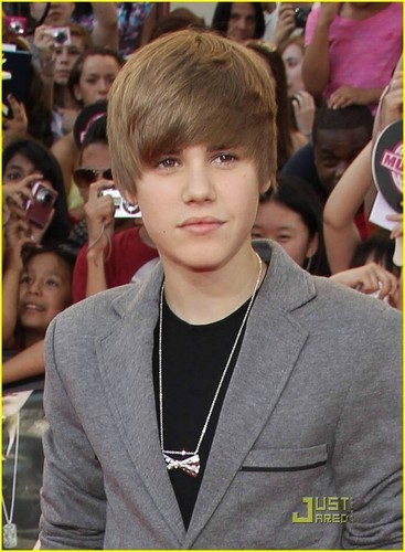 Justin at the MuchMusic Video Awards