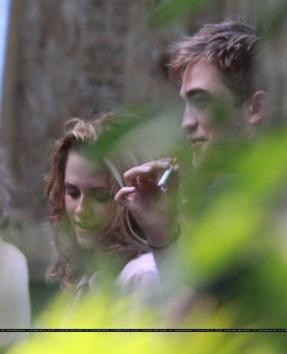 mais pictures of Rob's visit with Kristen.