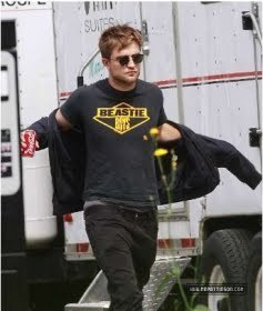 Rob on the set of 'On the Road' while visiting Kristen & Tom (August 12th)
