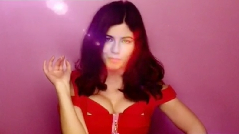 Marina and the Diamonds Oh No Video Screencaps