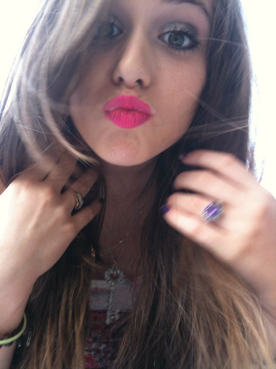Caitlin Beadles On Twitter 13 Year Old Girl Now Vs Me As: Caitlin Beadles Images A Kiss 4 U HD Wallpaper And
