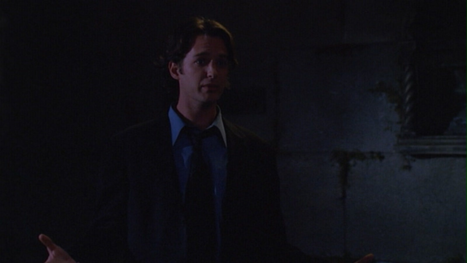 7x07 - Conversations With Dead People