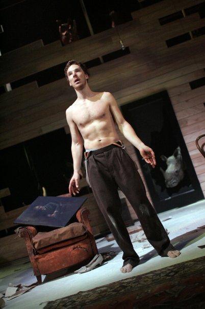 Benedict Cumberbatch Night Club  18+ Benedict-in-the-Rhinoceros-benedict-cumberbatch-14722046-402-604
