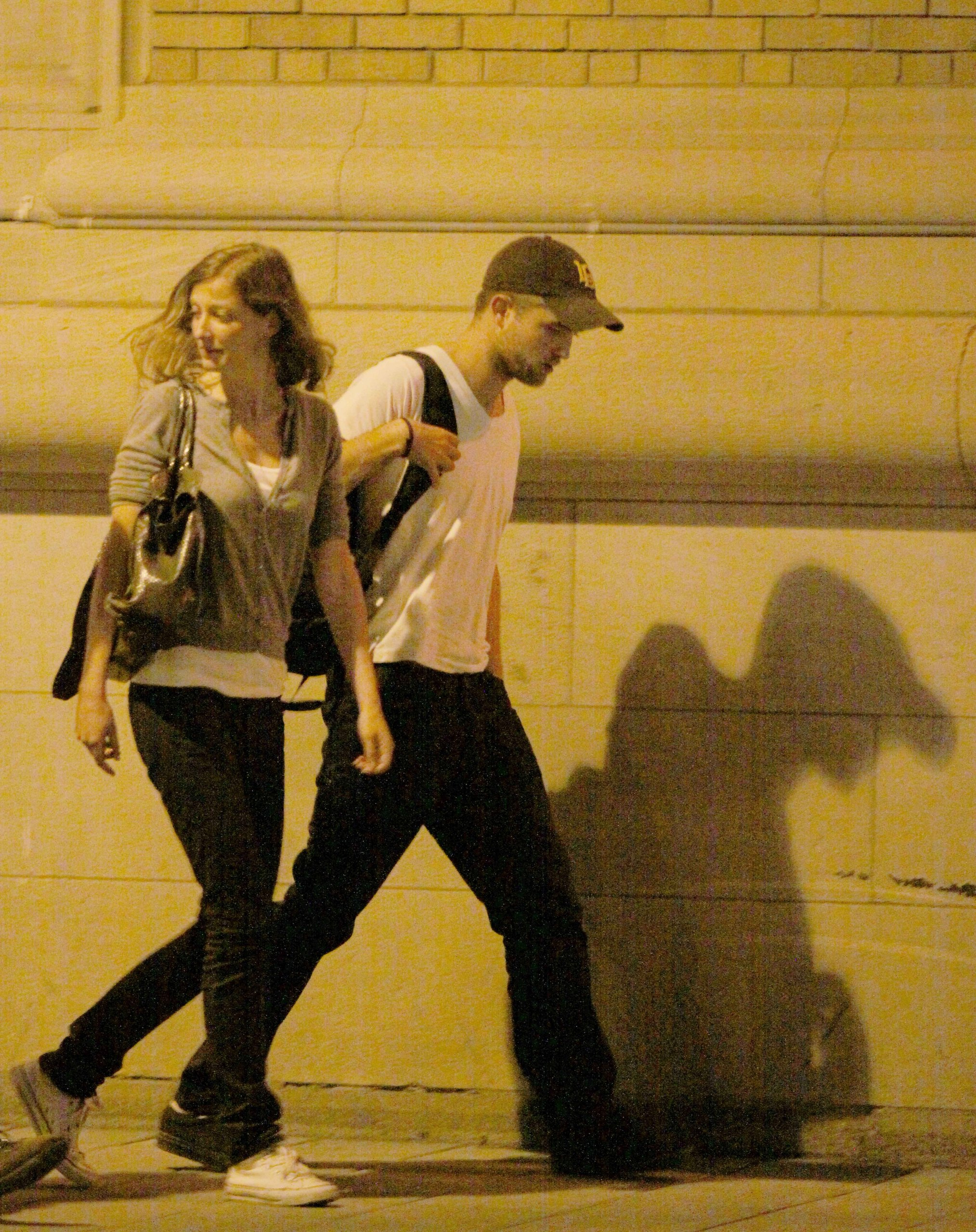 New pictures from Montreal last night(The woman with Rob is Sam Riley's (On The Road) wife)