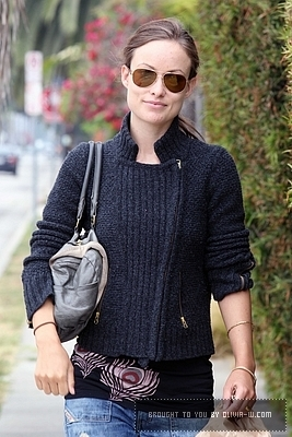 Olivia out in Venice