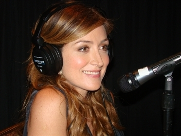 Rizzoli & Isles wallpaper entitled Sasha Alexander @ the R&I press junket