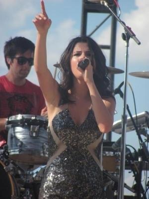 Selena Gomez Concert on Selena Concert In Indianapolis In   Selena Gomez Photo  14757293
