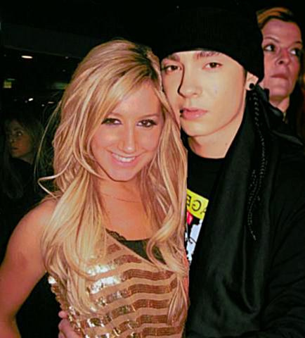 TOM Y ASHLEY TISDALE