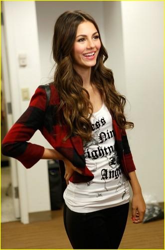 Victoria Justice: Macy's 音乐会 Cutie