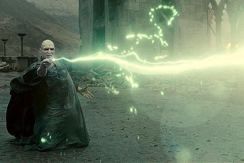 Voldemort spell avada kedavra.