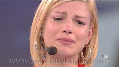 Emma Marrone fondo de pantalla entitled emma cries for Stefano
