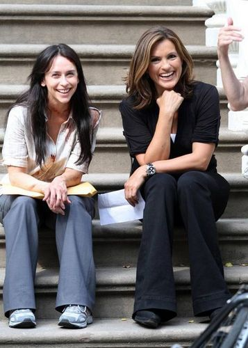 on location 2010 - law-and-order-svu Photo
