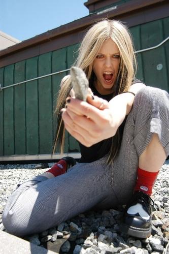 **Avril**