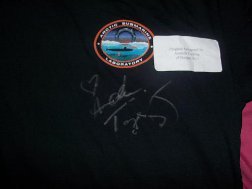 Amanda Tapping autographed Continuum t-shirt
