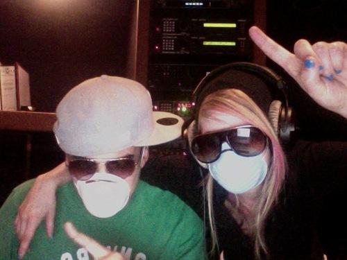 Avril Lavigne - Vlog from Hensen Studios