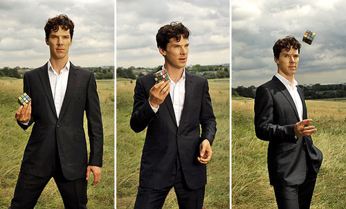 http://images4.fanpop.com/image/photos/14800000/Benedict-and-a-Rubix-Cube-benedict-cumberbatch-14863566-500-302.jpg