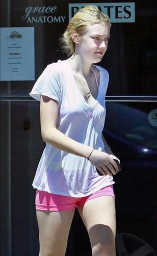 Dakota Leaving a Pilates Class (19 August)