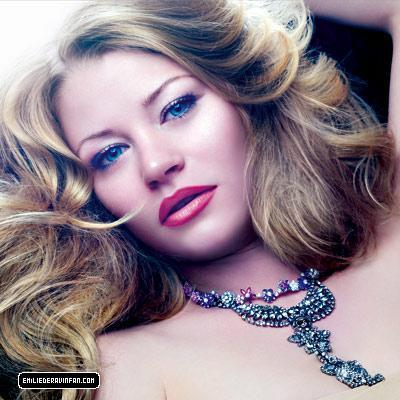 Emilie de Ravin-In style photoshoot - lost Photo