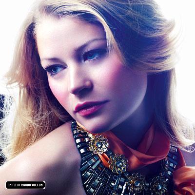 Emilie de Ravin-In style photoshoot