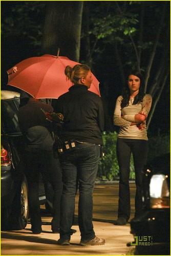 Emma Roberts on the set of Scream 4