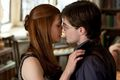 Ginny and Harry's Kiss (DH new photo) - bonnie-wright photo