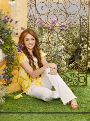 Hannah Montana Forever Promotional Stills - miley-cyrus photo