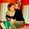 Quoi de plus important que l'amitié? | Peyton Hil-Joy-Icons-peyton-and-haley-14867623-100-100