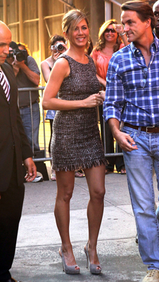 Jennifer arriving @ The Daily Show