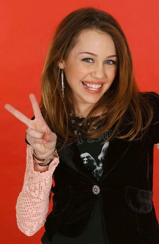 Miley Cyrus wallpaper called Miley 2006