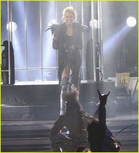 Miley Cyrus Can't Be Tamed on DWTS